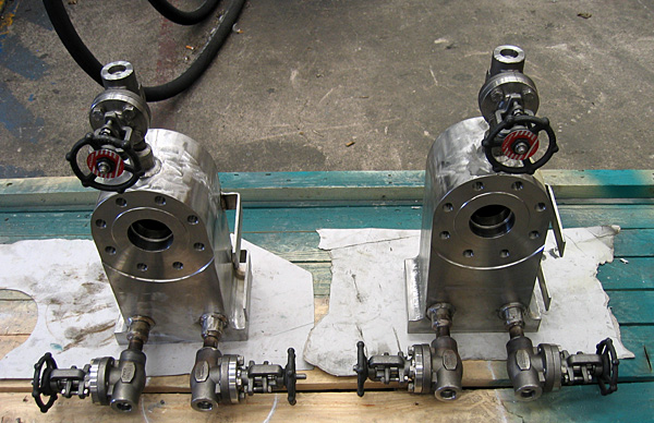 Powder withdrawal valves