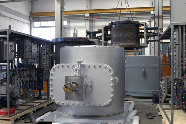 Slide valve, preparing for shipping
