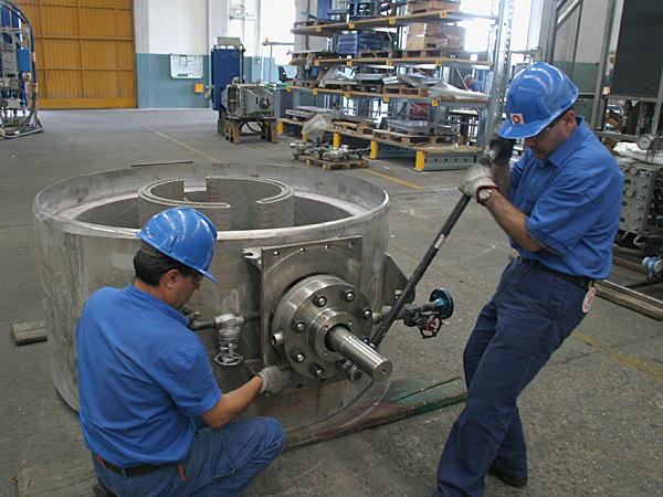 Variable orifice valve, final assembling