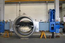 76 inch butterfly valve with actuator, ready for testing